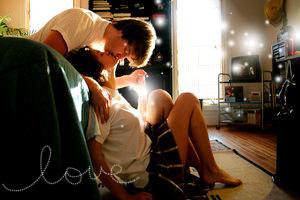 http://howdoiknowifhelovesme.com/wp-content/uploads/2011/02/love-6-man-kiss-girl.png